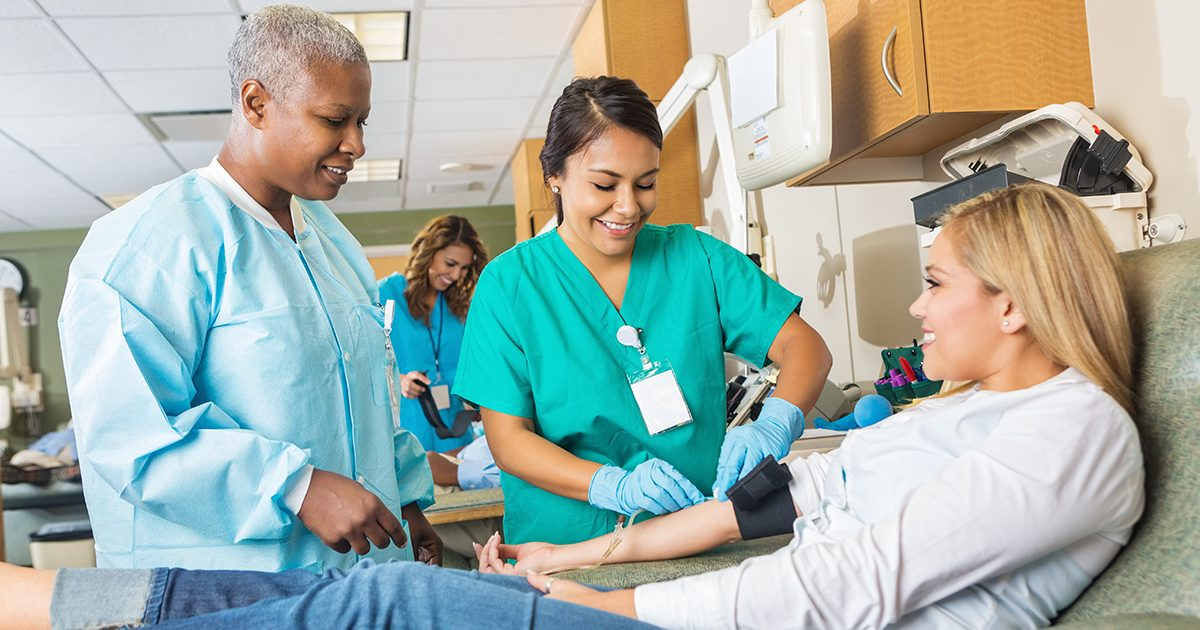 phlebotomy-technician-get-a-medical-job-with-the-least-training